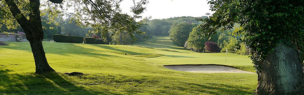 Tyrrells Wood Golf Club 18th Hole October 2012